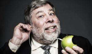 Woz-wants-headphone-iPhone-7